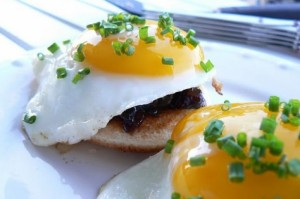 Skillet Bacon Jam Toast and Eggs