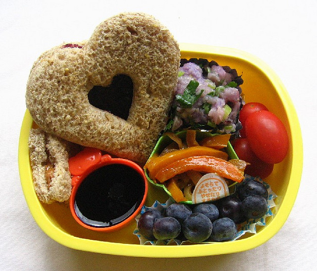 Heart shaped sandwich - creative lunch ideas for kids