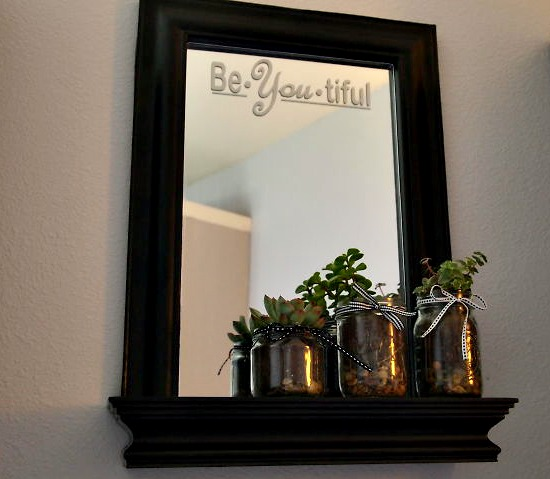 Mirror makeover DIY