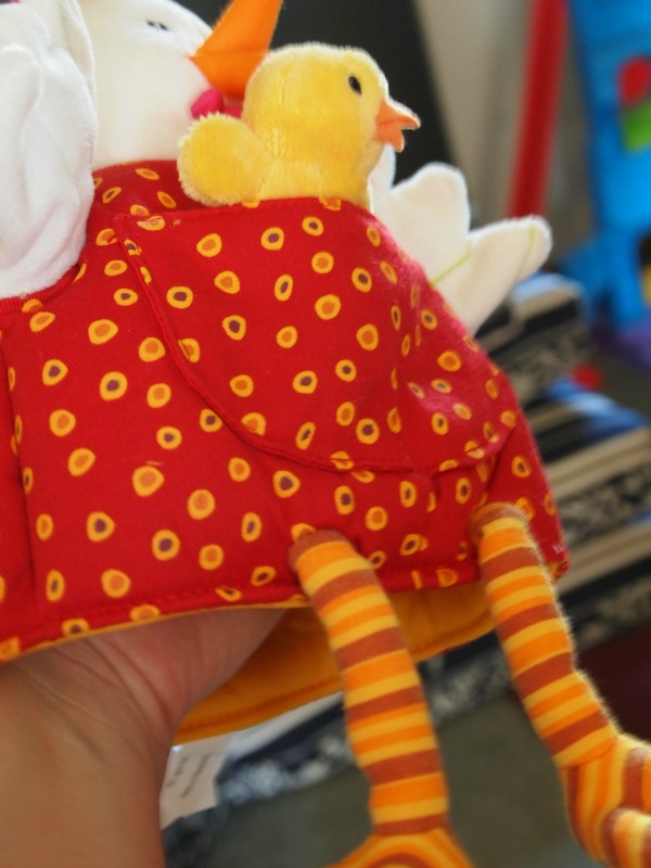 Sensory toy puppet