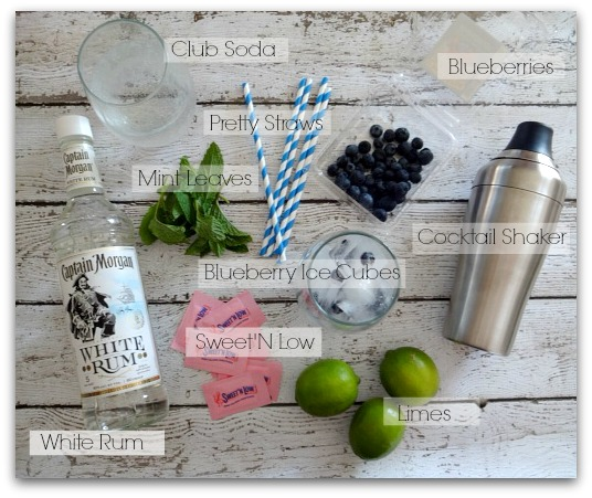 How to make a skinny blueberry mojito - party drinks, how to make a mojito #sweetnlowstars