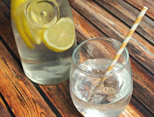 Lemon Water for getting healthy and losing weight