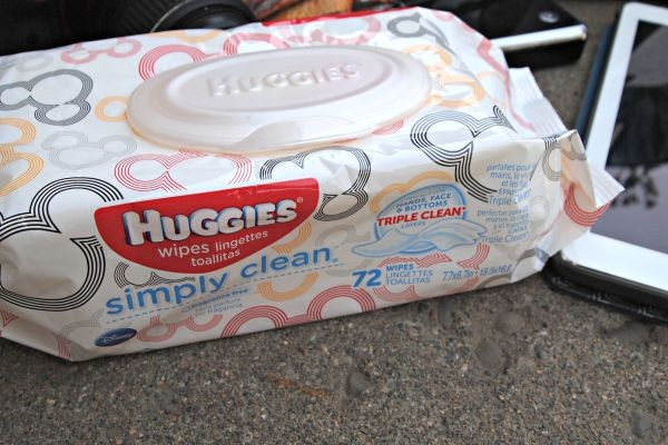 Huggies Wipes work for EVERY mess moms have in their life! Learn all the ways to use them