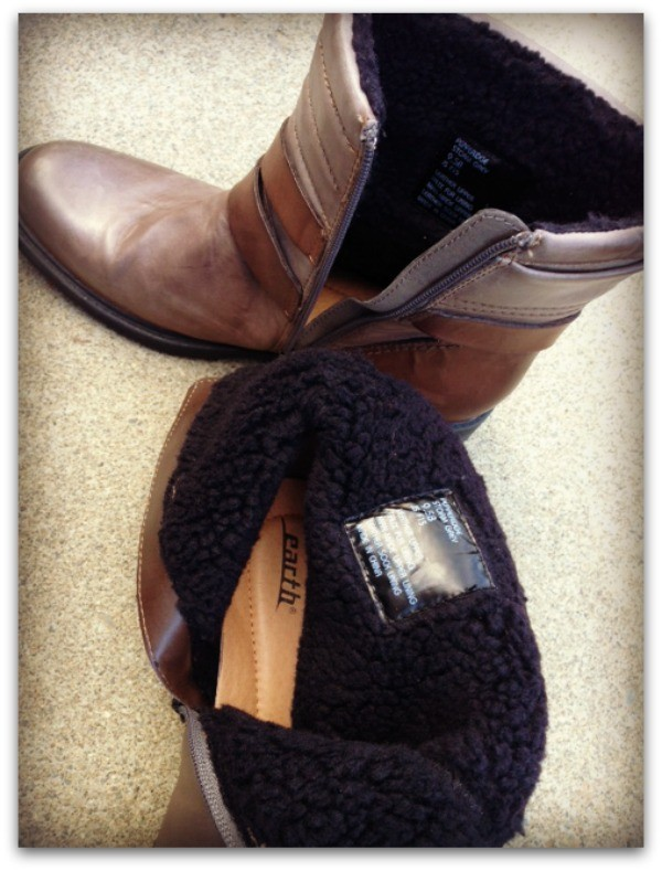Fleece lined boots from Earth Footwear